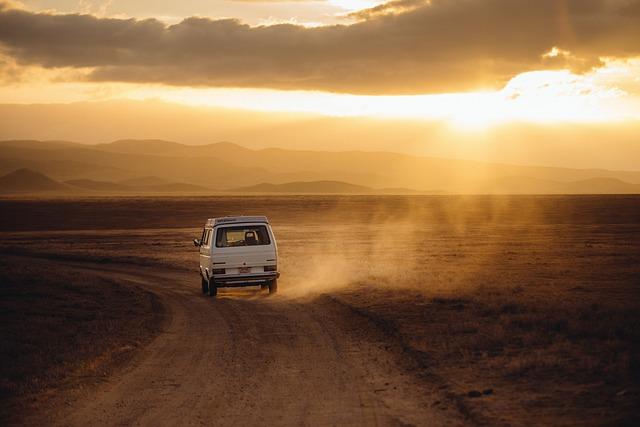 Podróże międzynarodowe czy musimy jechać osobistym autem?